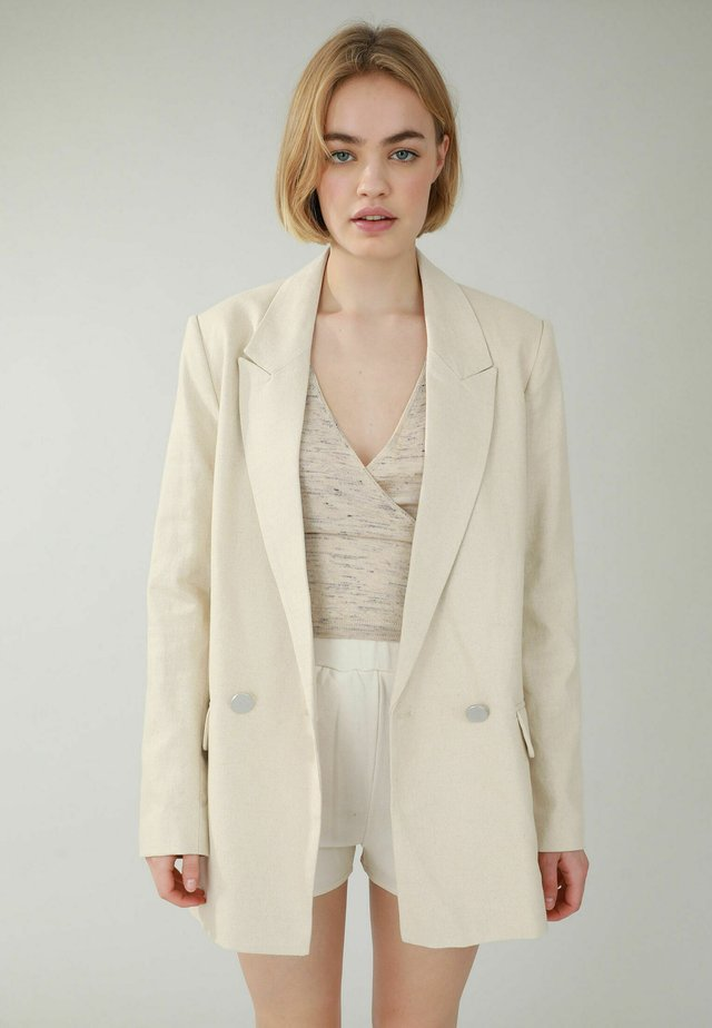 Cappotto corto - beige