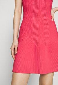 Hervé Léger - Sukienka z dżerseju - burnt rose - 6