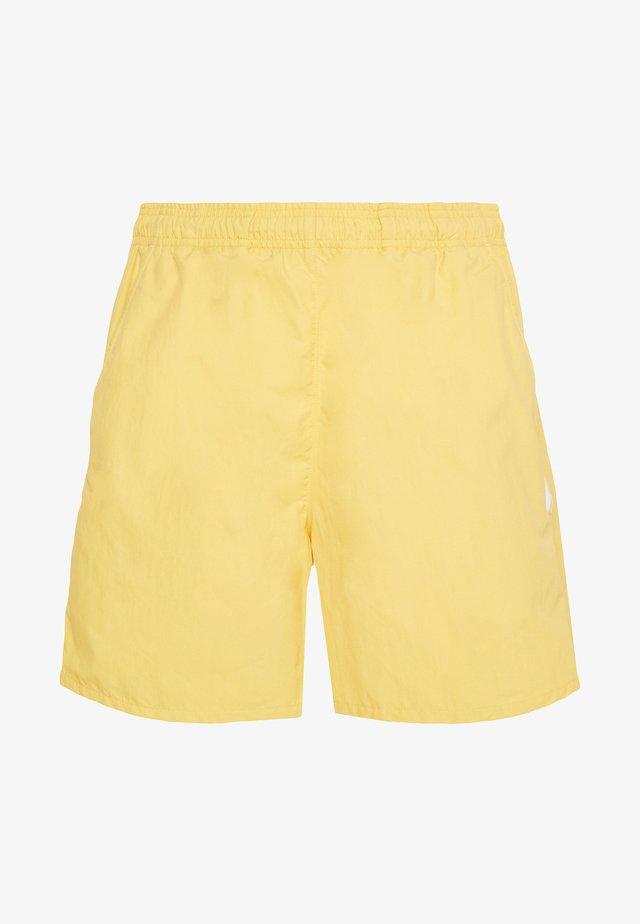 2020-03-25 SHORTS - Shorts - yellow