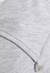 Anna Field MAMA - NURSING 2 PACK JERSEY DRESS - Sukienka z dżerseju - black/light grey - 4