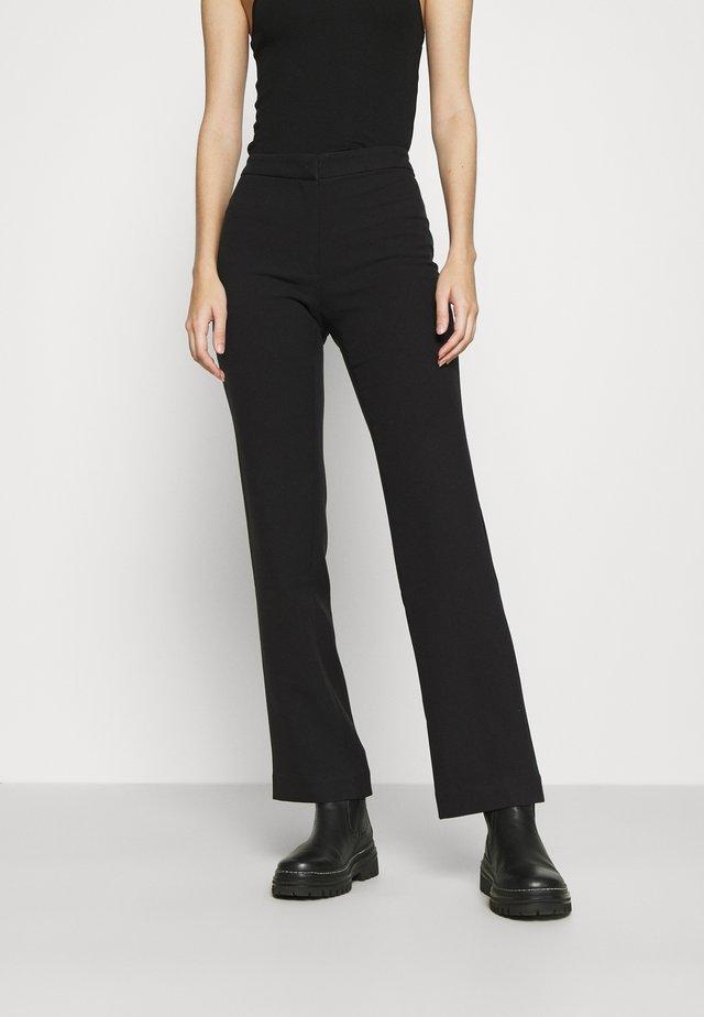 CHANA TIGHT SUIT TROUSER - Trousers - black