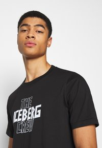 Iceberg - THE CREW - Print T-shirt - nero - 3