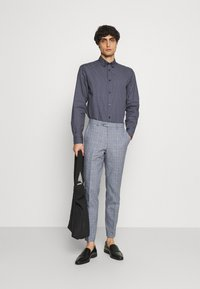 Selected Homme - SLHSLIMROY  - Skjorta - dark blue - 1
