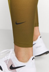Nike Performance - ONE 7/8  - Tights - olive flak/black - 3