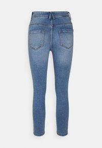Noisy May Petite - NMAGNES SUPER SKINNY - Jeans Skinny Fit - light blue denim - 1