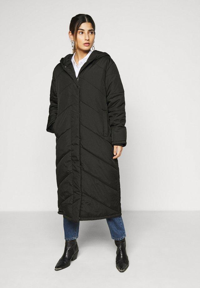 SLFJANNA PUFFER COAT PETITE - Zimní kabát - black