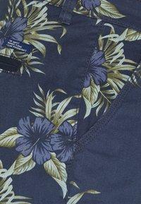 Blend - WOVEN - Shorts - dress blues - 2