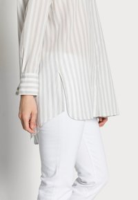 Marc O'Polo - BLOUSE - Button-down blouse - multi - 3