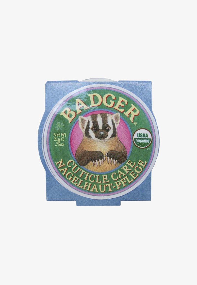 Badger - CUTICLE CARE BALM - Cura delle unghie - -