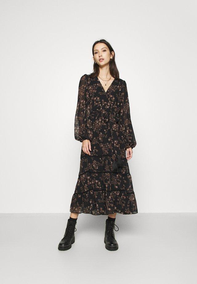 JULIA TIERED DRESS - Maxi-jurk - black