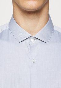 HUGO - ERONDO - Formal shirt - dark grey - 5