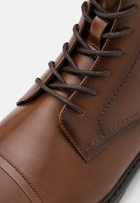 Pier One - Lace-up ankle boots - cognac - 5