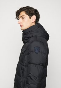 Blauer - GIUBBINI CORTI IMBOTTITO OVAT - Winter jacket - dark navy - 6