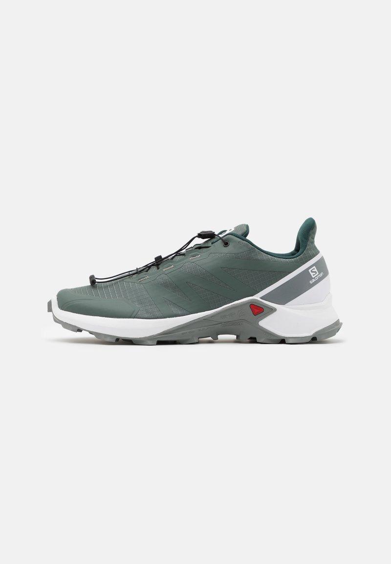 Salomon - SUPERCROSS - Trail running shoes - balsam green/white/monument