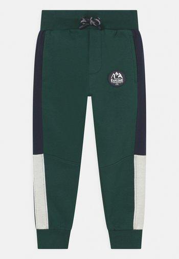 Pantaloni sportivi - forest