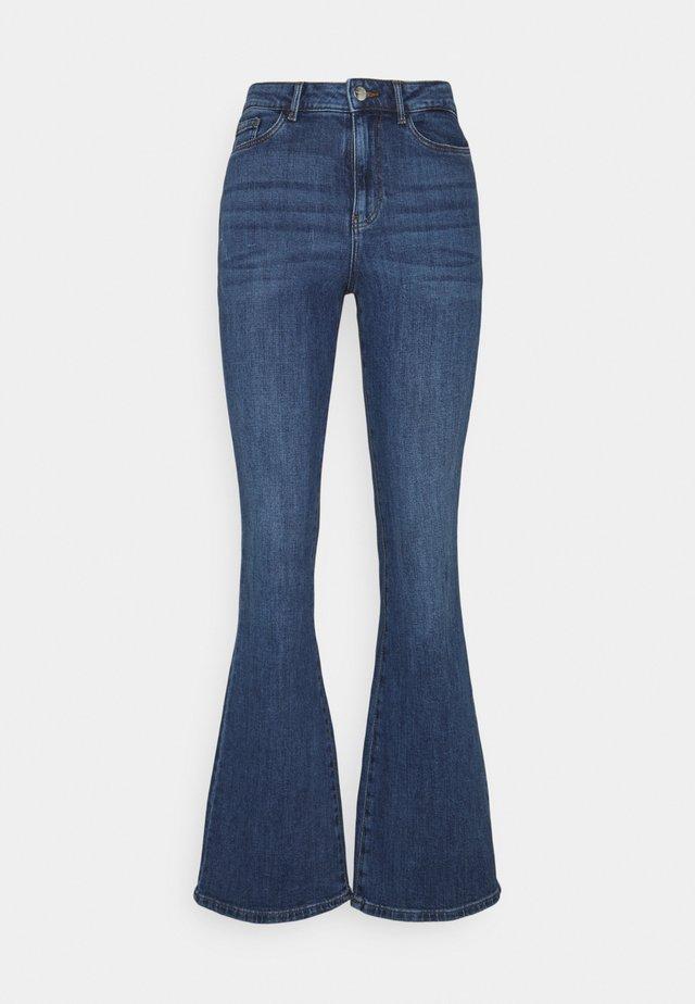 VMSIGA SLIM - Bootcut jeans - medium blue denim