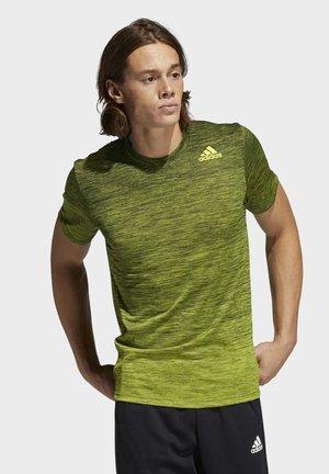 TECH GRADIENT - Print T-shirt - yellow