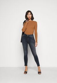 ONLY Petite - ONLBLUSH LIFE  - Skinny džíny - medium blue denim - 1
