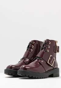 New Look - BUSY - Cowboy/biker ankle boot - dark red - 4