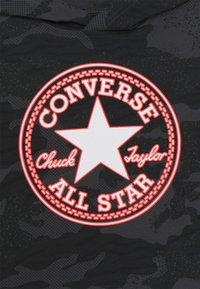 Converse - CHUCK PATCH HOODED LONG SLEEVE UNISEX - Top sdlouhým rukávem - black - 2