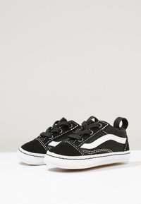 Vans - IN OLD SKOOL CRIB - Babyschoenen - black/true white - 0