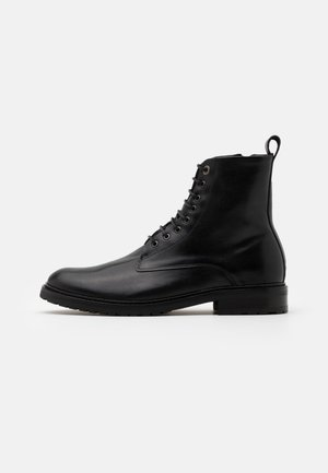 ALIAS CITY HIKER LACE UP BOOT - Veterboots - black