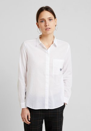 BLOUSE KENT COLLAR LONG SLEEVED - Button-down blouse - white