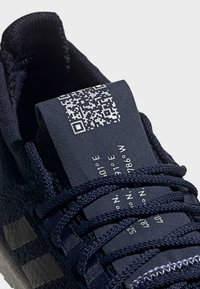 adidas Performance - 2019-12-01 PULSEBOOST HD SHOES - Sneaker low - blue - 9