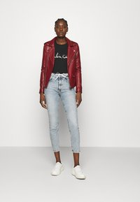 Calvin Klein - SIGNATURE - Top sdlouhým rukávem - black - 1