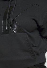 Calvin Klein Jeans Plus - ECO - Hoodie - beh - 5