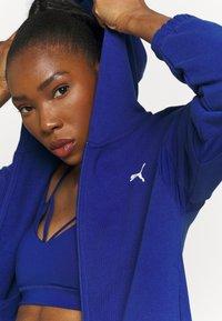 Puma - PAMELA REIF X PUMA FULL ZIP HOODIE - Zip-up sweatshirt - mazerine blue - 4