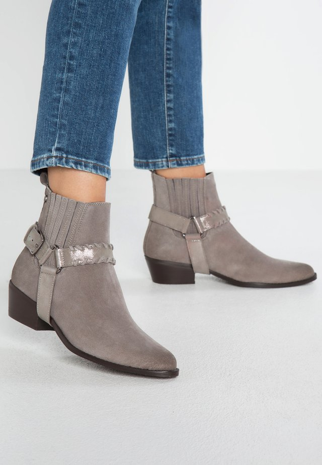 CARTER CHELSEA BOOT - Støvletter - grey