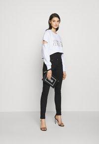 Versace Jeans Couture - Skinny džíny - nero - 1
