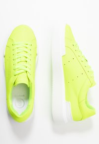 Bogner - HOLLYWOOD  - Sneakersy niskie - neon yellow - 3