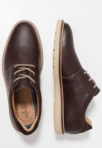 Clarks - GRANDIN PLAIN - Zapatos con cordones - dark brown - 1