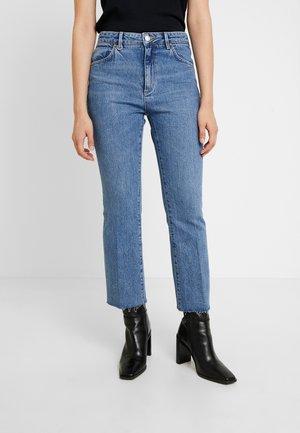 MARILYN - Bootcut jeans - truman