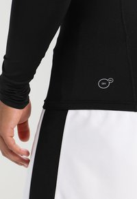 Puma - LIGA BASELAYER TEE - Unterhemd/-shirt - black - 3