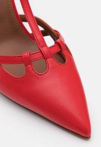L'Autre Chose - D'ORSAY - Classic heels - red - 6