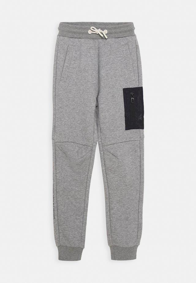 CLUB NOMADE PANTS - Verryttelyhousut - grey melange