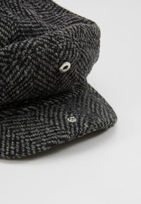 Burton Menswear London - HERRINGBONE BAKER - Beanie - grey - 5