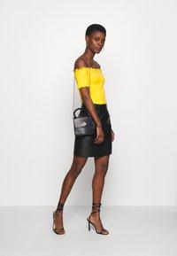 Selected Femme Tall - SLFSABINE SKIRT - A-line skjørt - black - 1