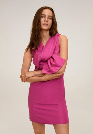 SUPERBOW - Shift dress - fucsia