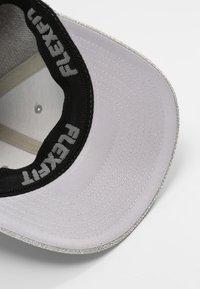 Flexfit - FLEXFIT - Caps - light heather grey - 5