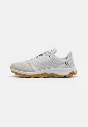 OUTBOUND PRISM - Hiking shoes - lunar rock