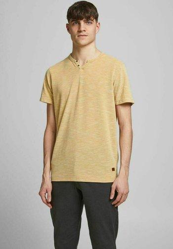 Basic T-shirt - sauterne