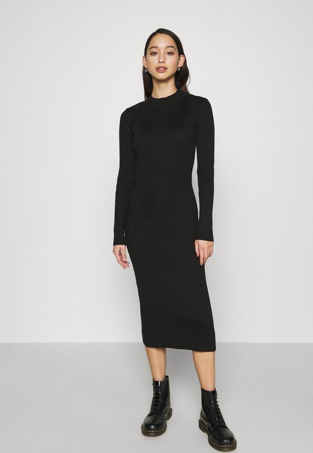 PLATED LYNN DRESS MOCK SLIM KNIT WMN L\S - Shift dress - black