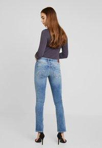 Pepe Jeans - SATURN - Straight leg jeans - denim light used - 2
