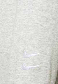 Nike Sportswear - CREW - Sweatshirt - grey heather/white - 2