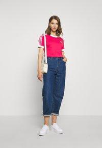 adidas Originals - Print T-shirt - power pink/white - 1