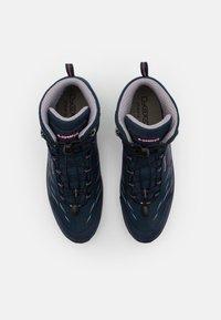 Lowa - ZIRROX GTX MID JUNIOR UNISEX - Hiking shoes - navy/rosé - 3